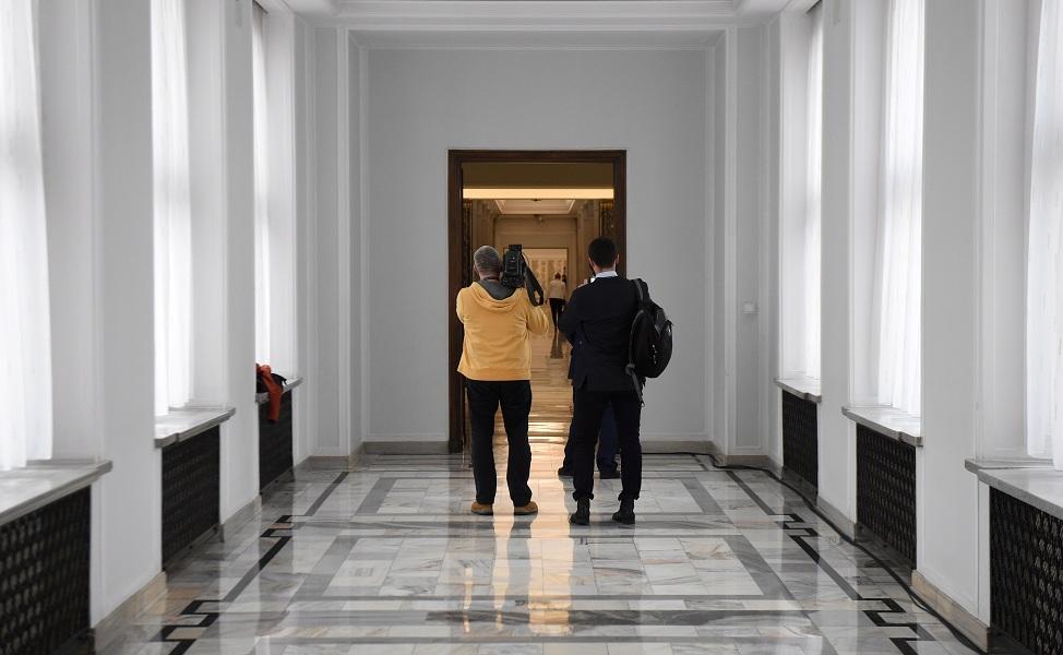 Sejm otwarty, ale nie cały i nie dla wszystkich