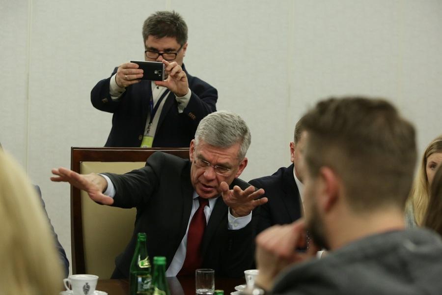 LIVE Spotkanie dziennikarzy z marszałkiem Senatu