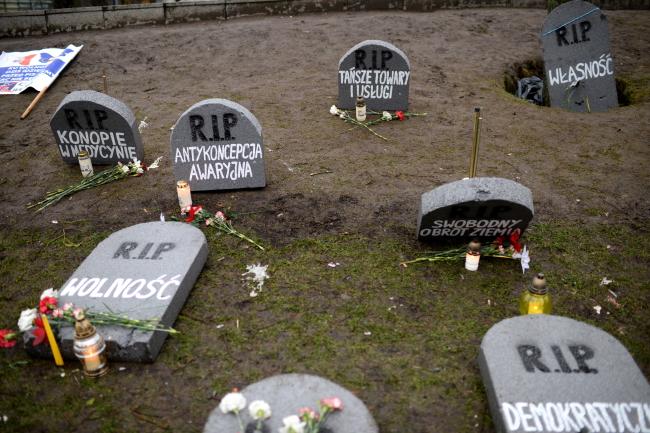 Czy Kaczyński rozpęta wojnę domową?