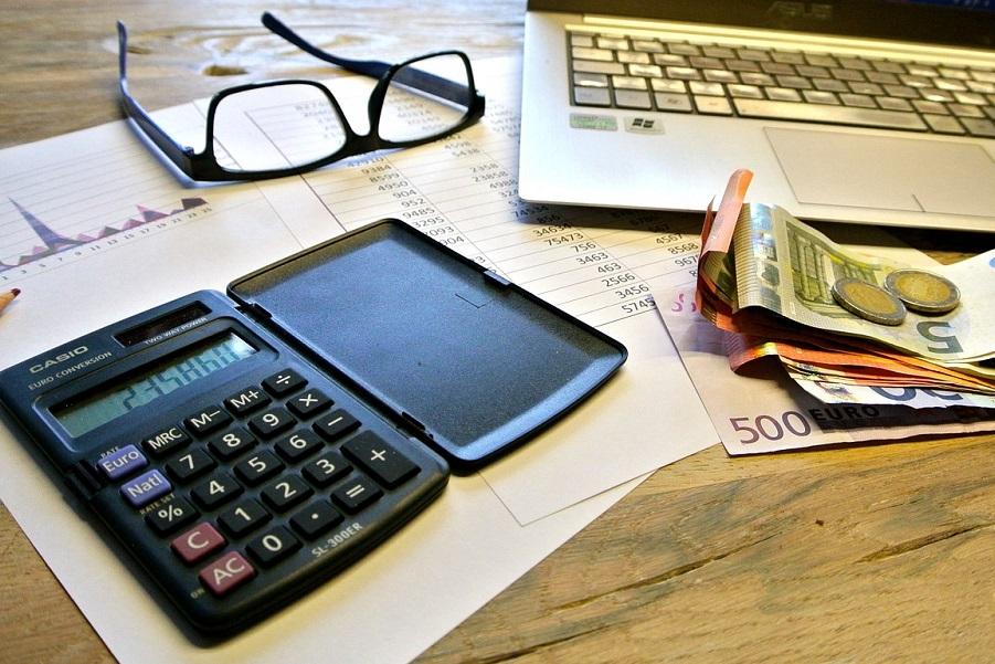 Propagandowy jednolity podatek