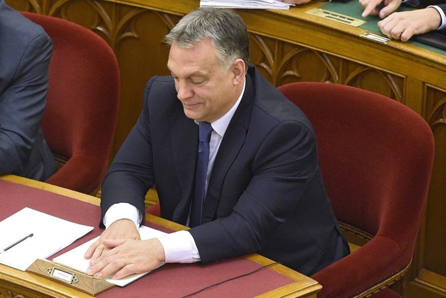 Orban: złożę projekt zmian wkonstytucji jeszcze raz