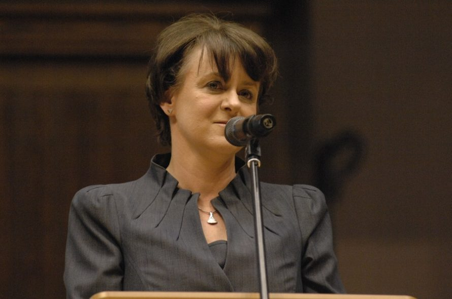 PO: dymisja Anny Zalewskiej zabezmyślność