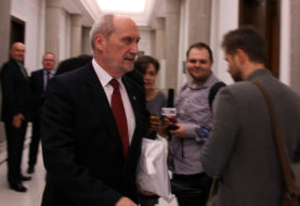 PO: Będzie wniosek o odwołanie Macierewicza