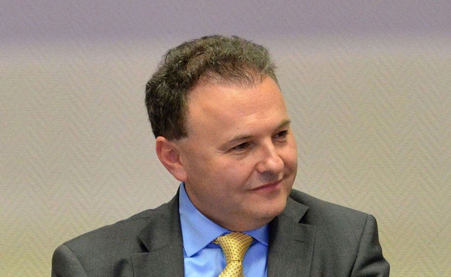 Prof. Witold Orłowski: Rząd zaklina rzeczywistość