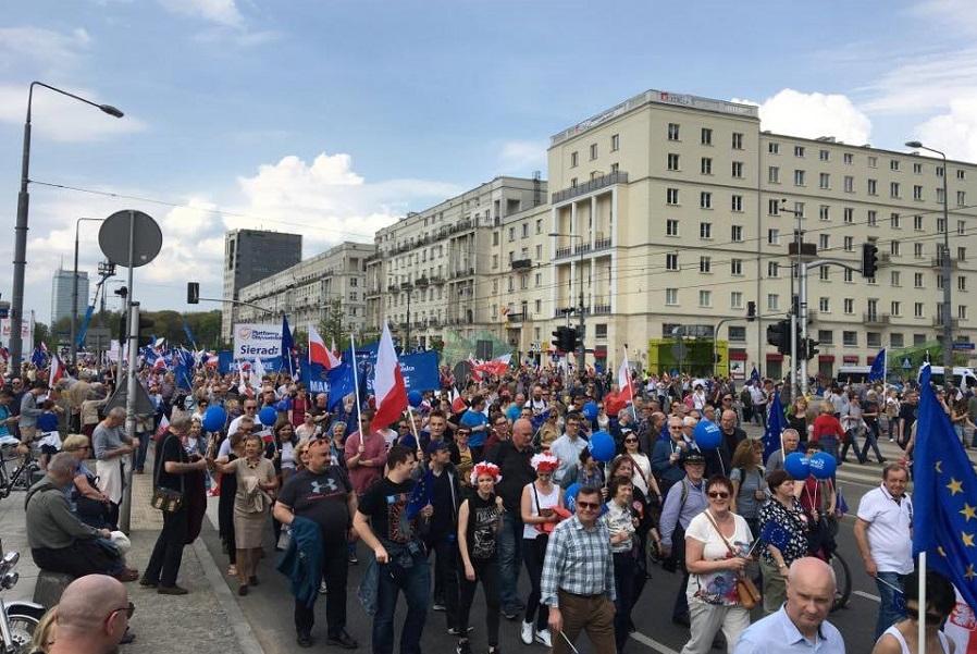 Obronimy demokrację! Relacja z Marszu Wolności