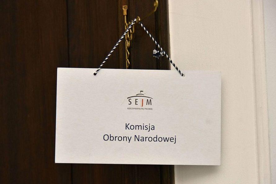PiS ucieka odpytań opodkomisję smoleńską inietylko