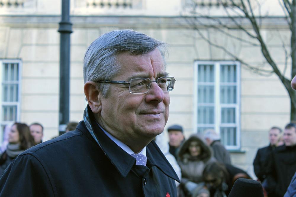 Prof. Nałęcz: Jak PiS o uchodźcach, nawet Dmowski o Żydach nie mówił
