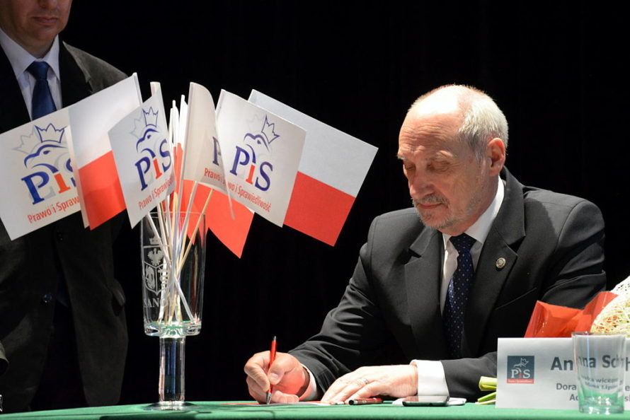 Gen. Piotr Pytel: Obecne rządy toplaga