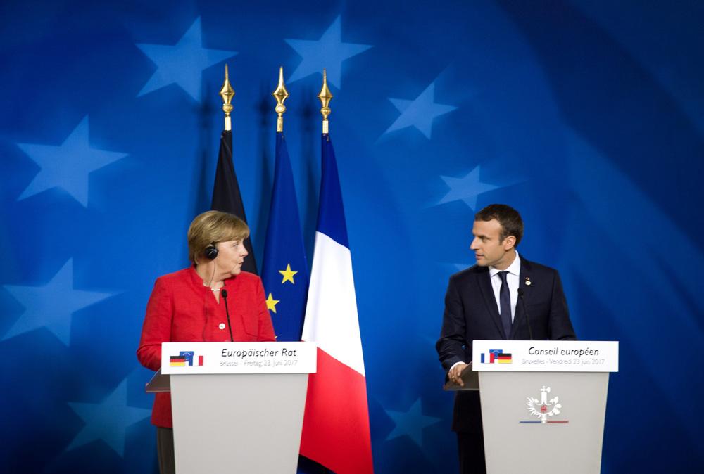 Prof. Bohdan Góralczyk: Sami wypychamy się z Europy