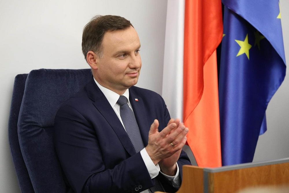 Dr Materska-Sosnowska: Niepoważne ruchy prezydenta Dudy