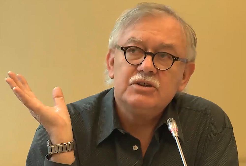 Prof. Ireneusz Krzemiński: Polaków opanował rodzaj głupoty