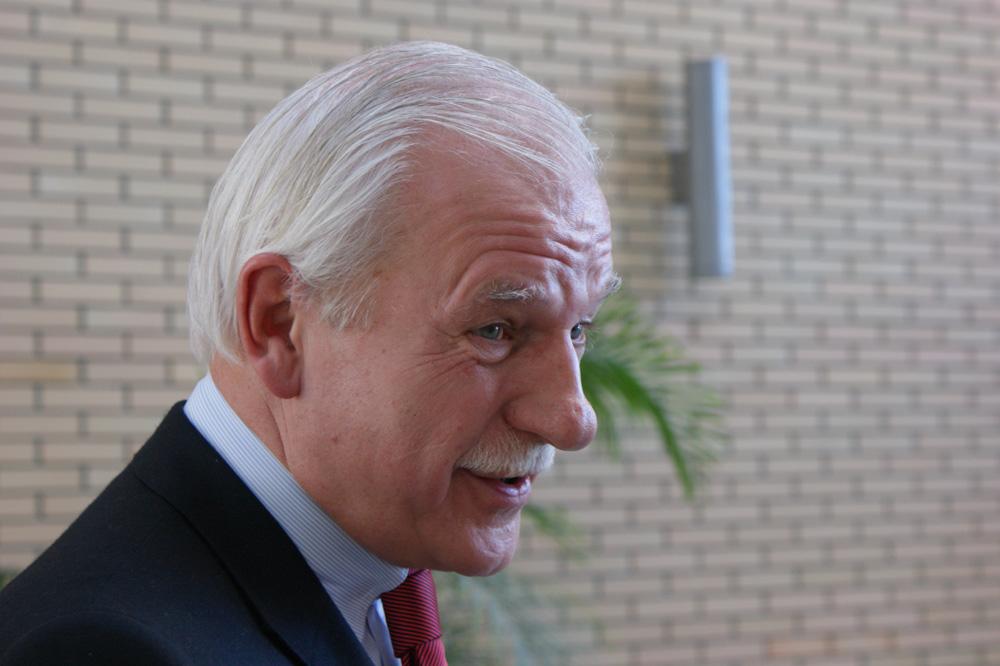 Andrzej Olechowski: Opozycja musi się zjednoczyć i mieć wizję V RP