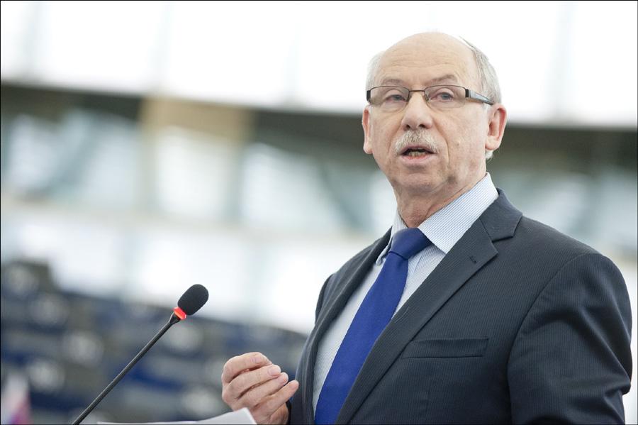 Janusz Lewandowski: Polska Kaczyńskiego to unijny szwarccharakter