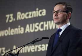 Kryzys na linii Polska-Izrael. Klęska dyplomacji PiS i antysemickie szambo w TVP