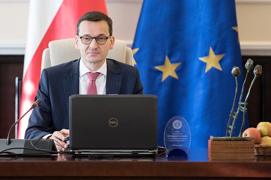 Prof. Staniszkis: Gdy ministrowie przysięgali na konstytucję, Duda nawet nie mrugnął