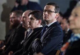 Morawiecki kompromituje Polskę