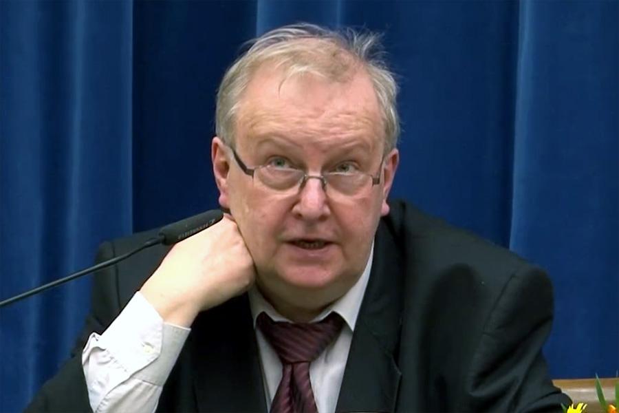 Aleksander Hall: Nie podałbym ręki Kaczyńskiemu