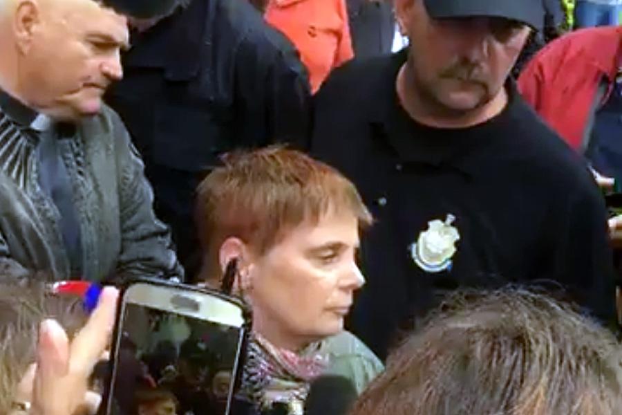 Kuchciński nie wpuścił Ochojskiej do Sejmu. Kompromitacja PiS