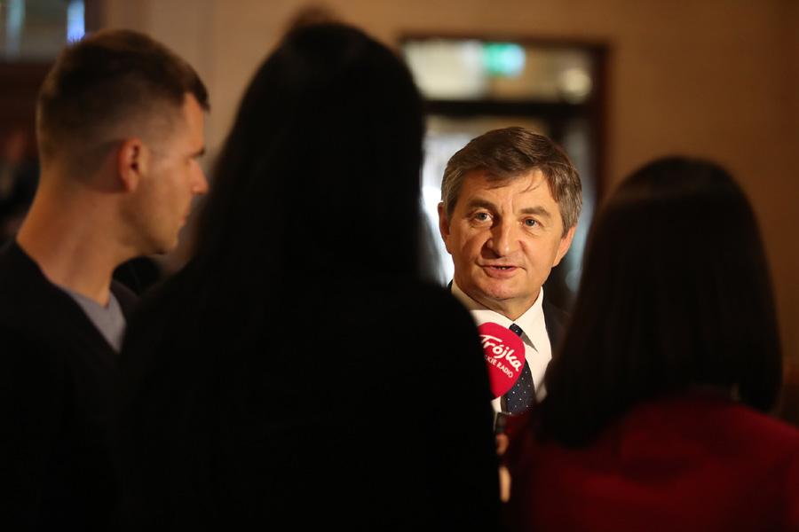 Kneblowanie opozycji w Sejmie. Prof. Jadwiga Staniszkis: Antykomunistyczny bolszewizm PiS