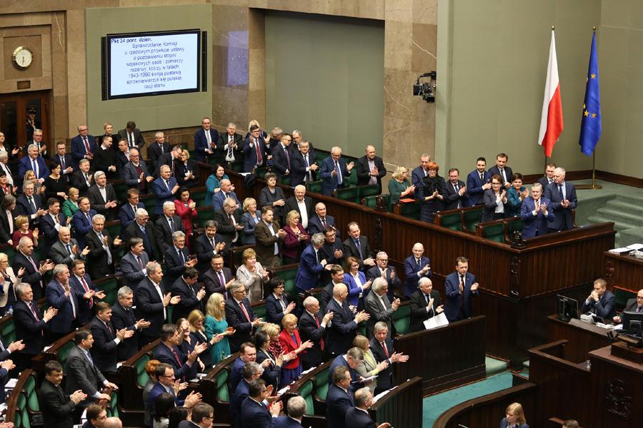 Były poseł PiS głosował w Sejmie po wygaśnięciu mandatu. PO składa zawiadomienie do prokuratury