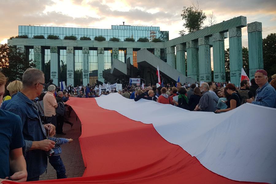 Polska broni Sądu Najwyższego