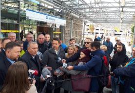 """Akcja """"Metro Europa"""". Schetyna i Trzaskowski przekonują, jak ważne jest członkostwo Polski w UE"""