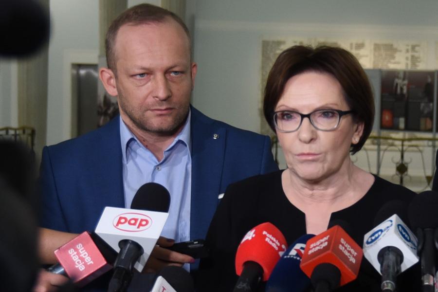Strajk w LOT. Ewa Kopacz: Prezes Milczarski powinien zrezygnować