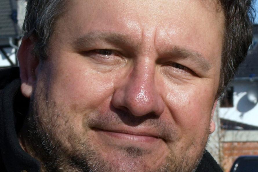 DrMirosław Oczkoś: Władza zalewa jednak mózg