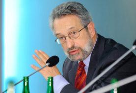 Eugeniusz Smolar: Rząd podąża w innym kierunku niż cywilizowany świat