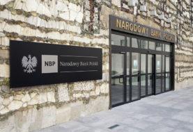 """Projekt PiS w sprawie NBP. """"Oszustwo legislacyjne"""""""