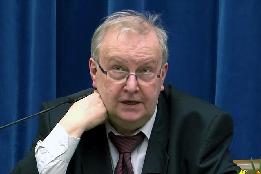 Prof. Aleksander Hall: To był człowiek, który miał jedną twarz