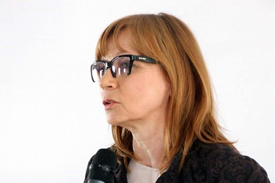 Drhab. Ewa Marciniak: Negatywny język niezniknie zprzestrzeni publicznej