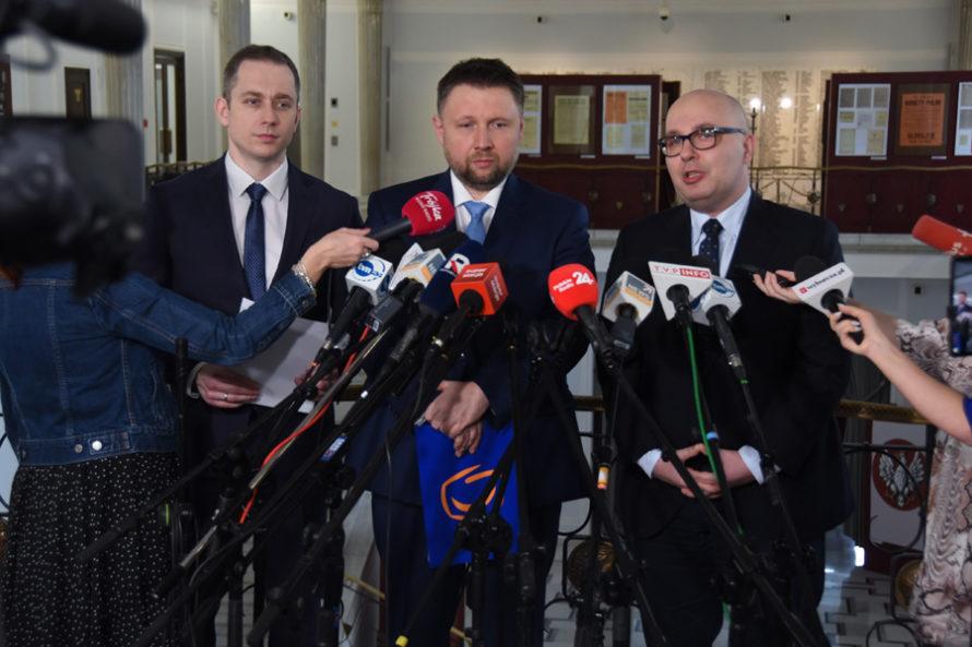 """CBA zastrasza posłów opozycji. """"Nie zamilkniemy wsprawie taśm Kaczyńskiego"""""""