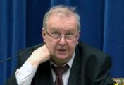 Prof. Aleksander Hall: Trudno debatować z oszczercą i kłamcą