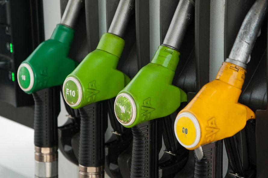 Kiedy Kaczyński obniży ceny benzyny?