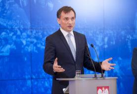 Kaczyński zatrzymał Ziobrę